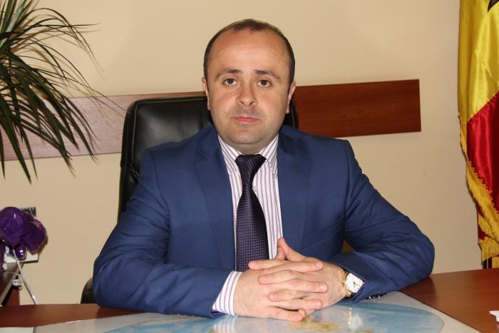de-la-ministerul-constructiilor-la-cel-al-tineretului-si-sportului-victor-zubcu-numit-viceministru-1425485540