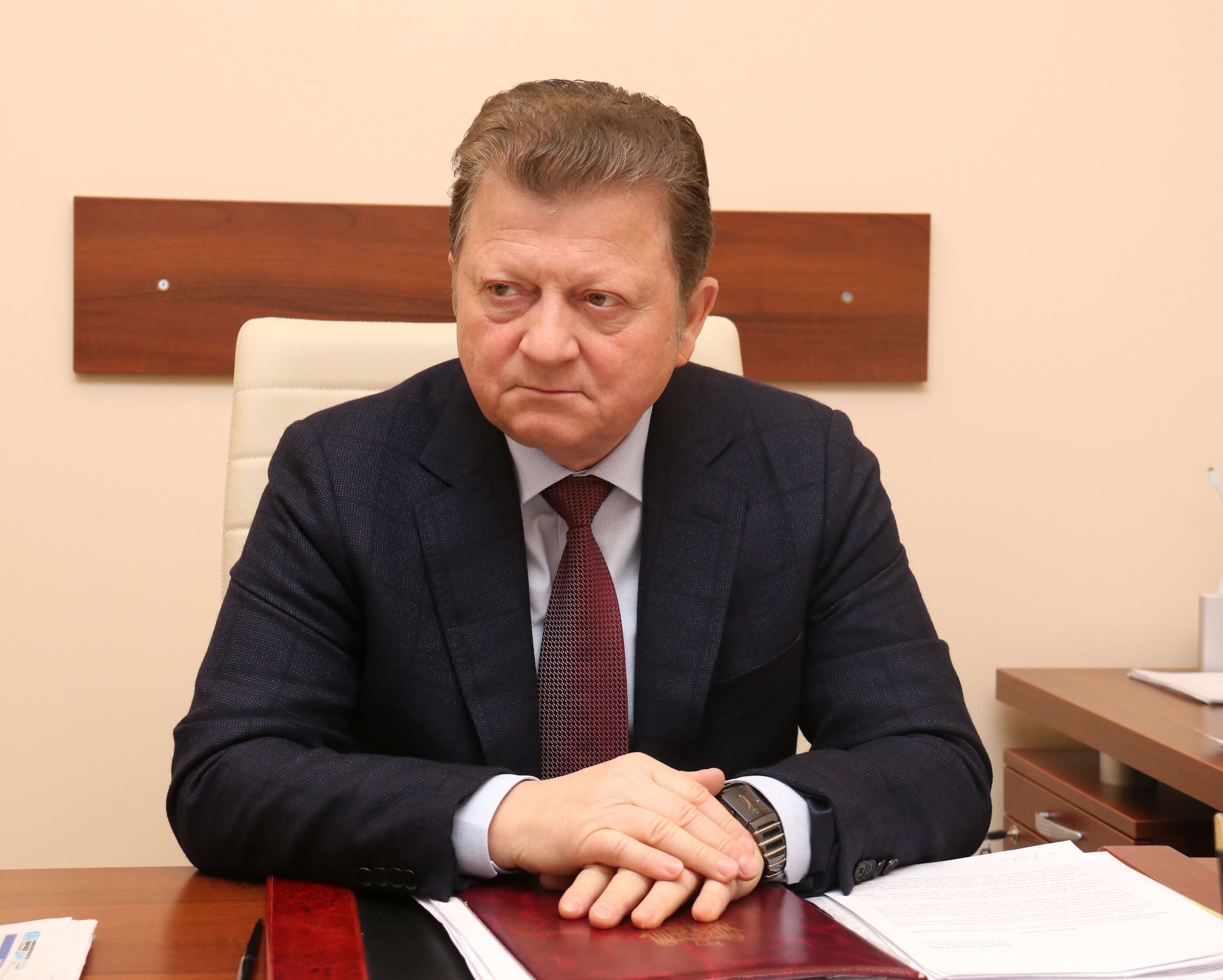 «Плоды труда» нового судьи КС Владимира Цуркана в парламенте!